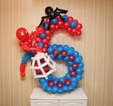 Цифра 6 и человек-паук из шаров