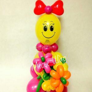 Девочка с букетом из шаров детям 1