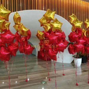 Фонтан 9 звезд из воздушных шаров