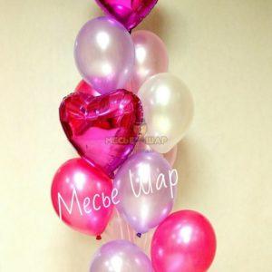 Фонтан с сердцами из воздушных шаров