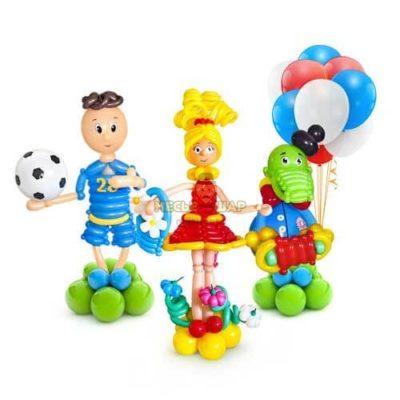Мальчик, девочка и Гена из шаров