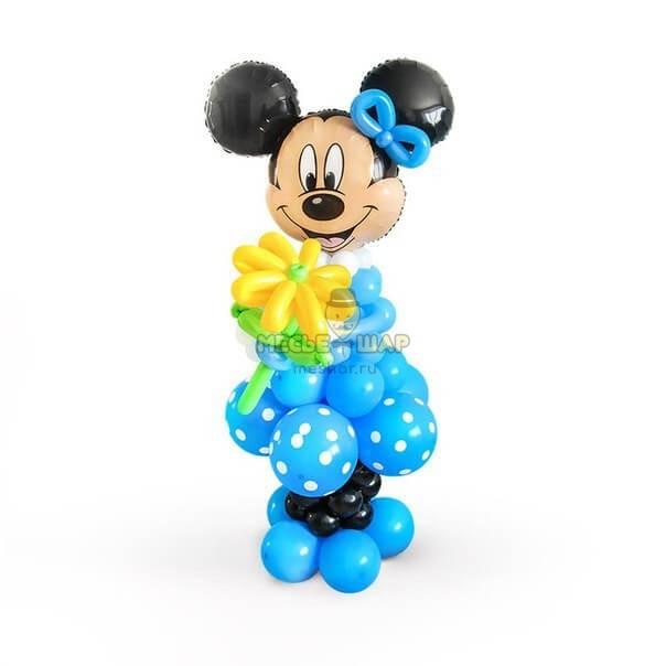 Минни Маус с ромашкой из шаров