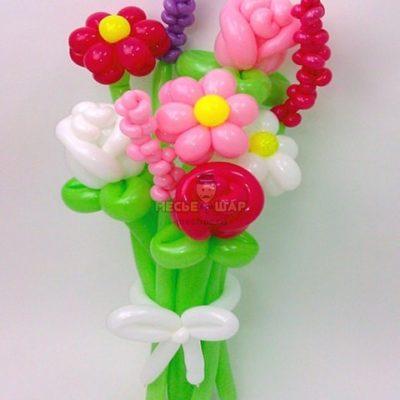 Весенний букет из шаров
