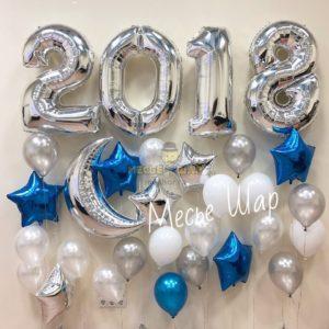 Новогодняя фотозона из шаров