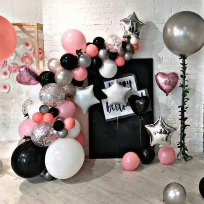 Мини - фотозона из воздушных шаров