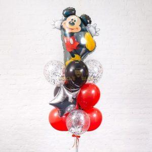 Микки Маус в связке с шарами