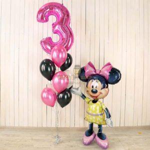Минни Маус с фонтаном и цифрой