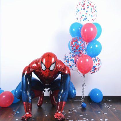 Человек Паук с воздушными шарами