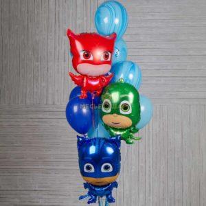 Фонтан Герои в масках из шаров
