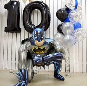 Бэтмен супергерой из воздушных шаров