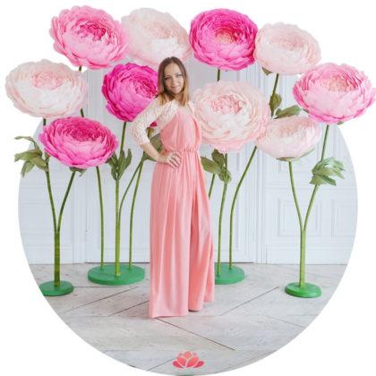 Цветы на подставке