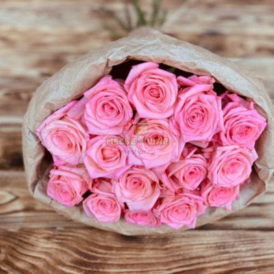 Букет розовых роз 15 шт Эквадор 50 см