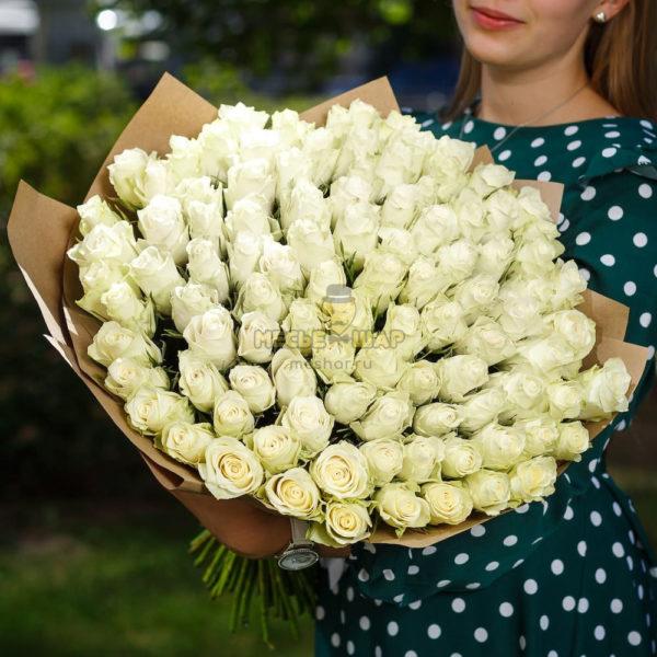 Букет белых роз 101 шт Кения 50 см