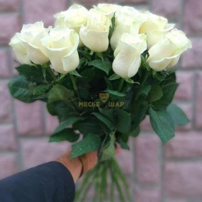 Букет белых роз 15 шт Кения 50 см
