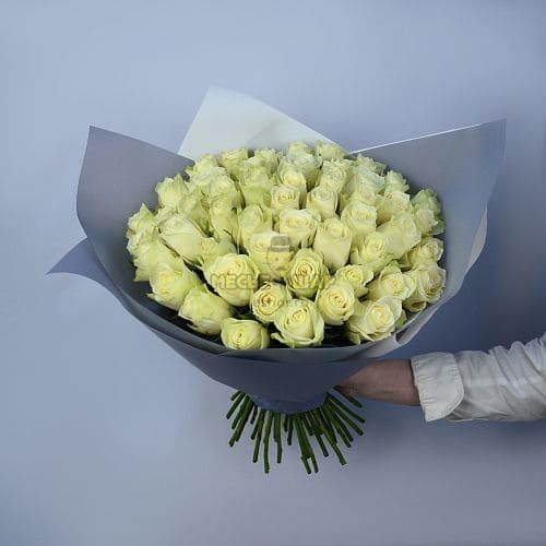 Букет белых роз 51 шт Кения 50 см
