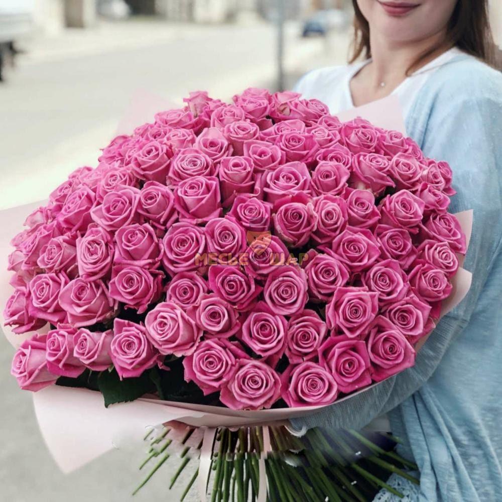 Букет розовых роз 101 шт Россия 50 см
