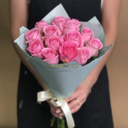 Букет розовых роз 15 шт Кения 50 см
