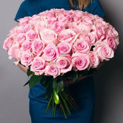 Букет розовых роз 51 шт Россия 50 см