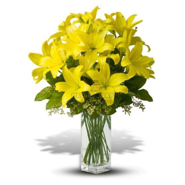 Букет желтых лилий