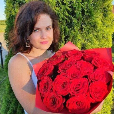 Букет красных роз 15 шт Эквадор 50 см