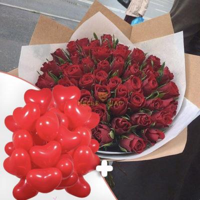51 красная роза Кения + 25 красных сердец
