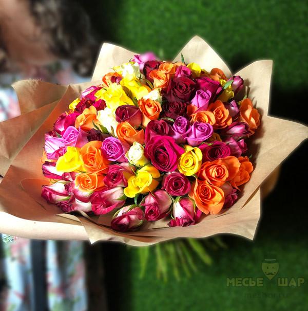 Букет розовых роз 101 шт Кения крафт